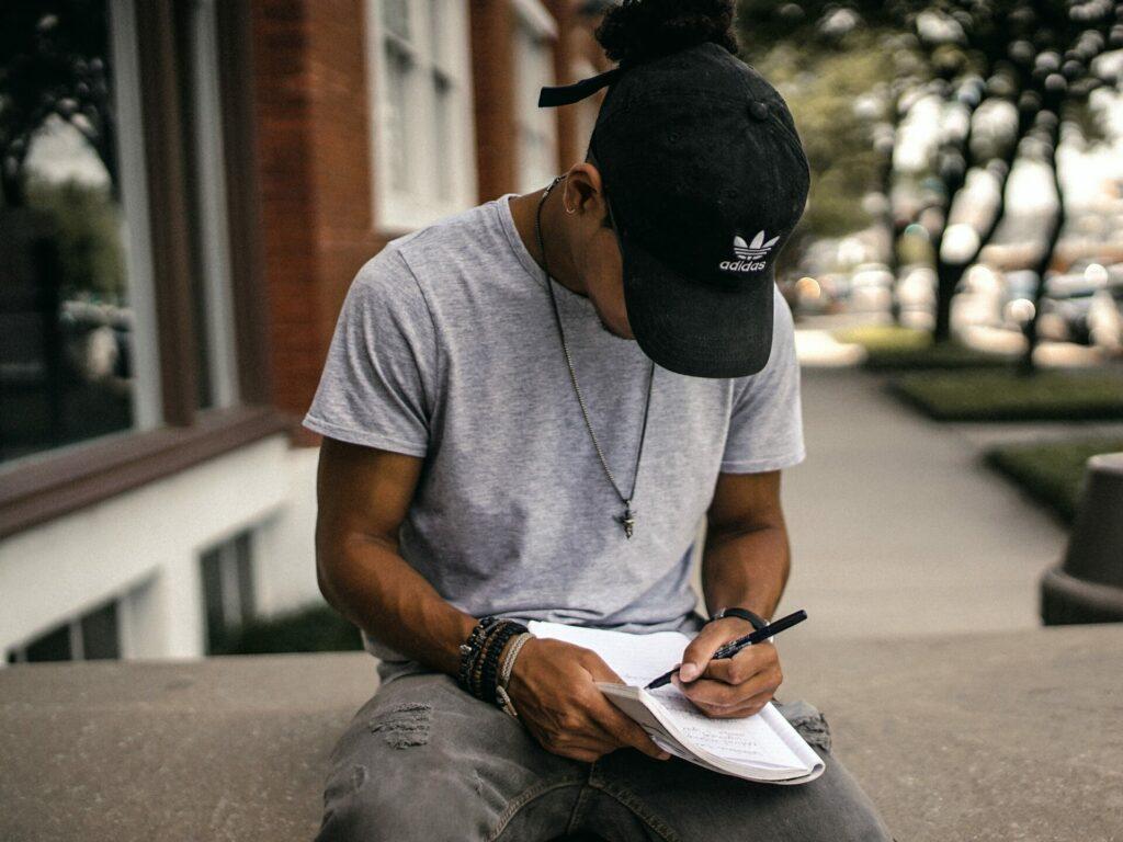Articulo ¿Cómo escribir rap?